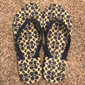 Coach navy blue sandals flip flops size 7/8 EUC